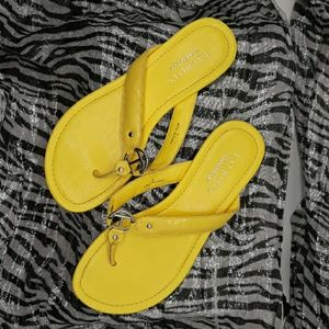 TALBOTS YELLOW thong sandals